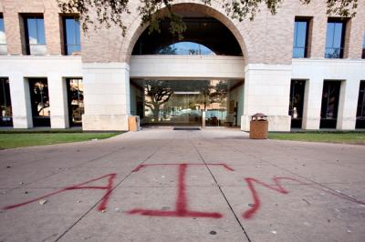 Texas A&M fans deface UT campus